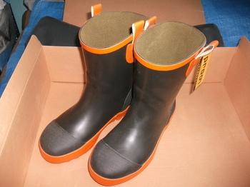安全長靴 ショートブーツ 新品 未使用 中敷つき1.JPG